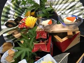 夏本番暑いからこそ柊家はなれでは、スタミナ熱辛〇〇を期間限定販売!無料特典アリ